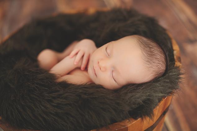 Evan Byzyka Newborn-10