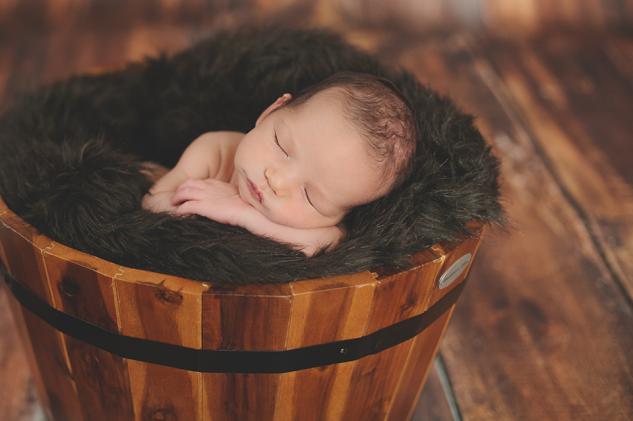 Evan Byzyka Newborn-11