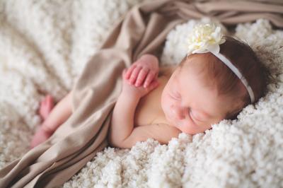 Emmalyn Newborn-10