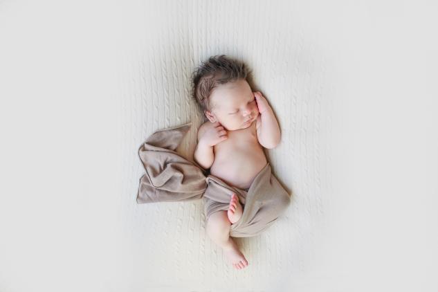 Alex Newborn-4